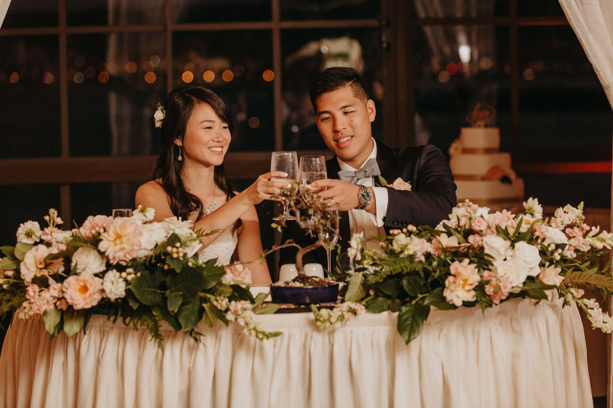 Taylor and Timothy-sweetheart table.jpg