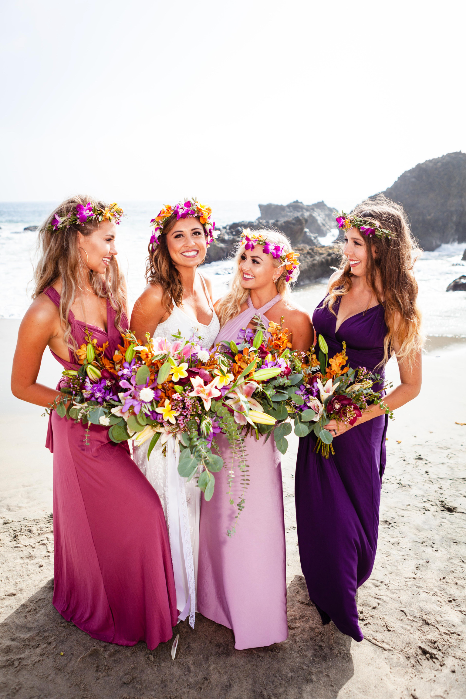 Shea bridesmaids and bouquets.jpg