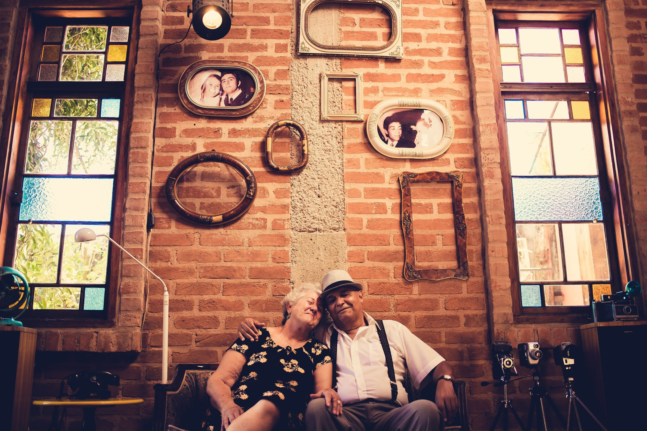 architecture-couple-elderly-1751187.jpg