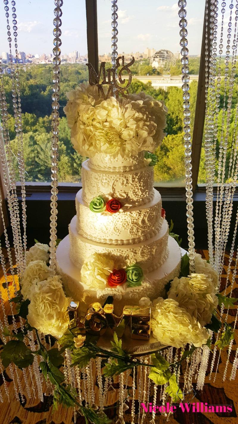 neckisia-dane-wedding-cake-2.jpg