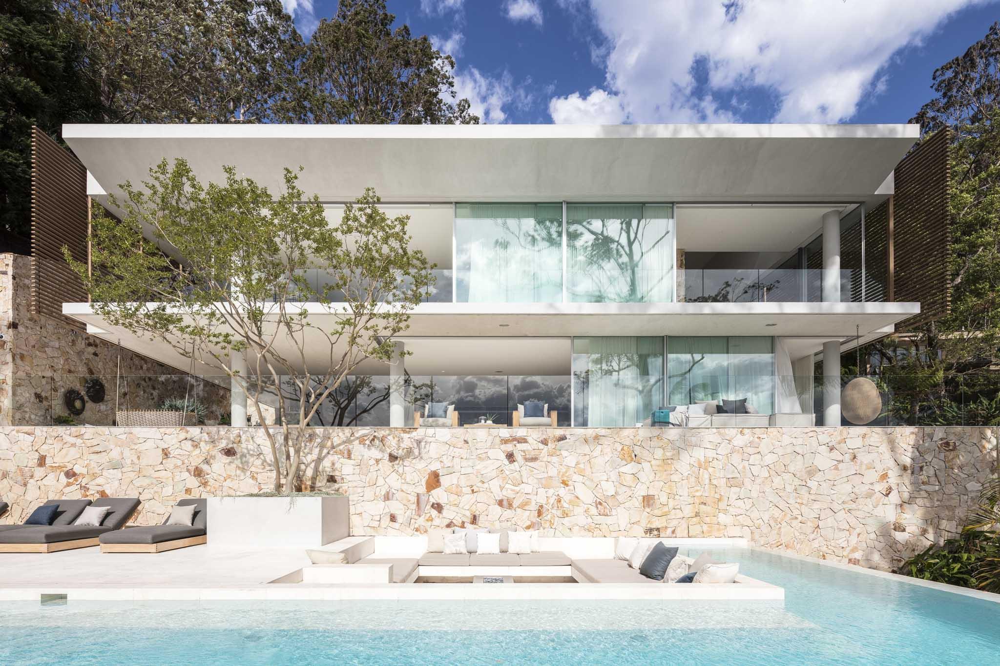 Newport House by Koichi Takada Architects