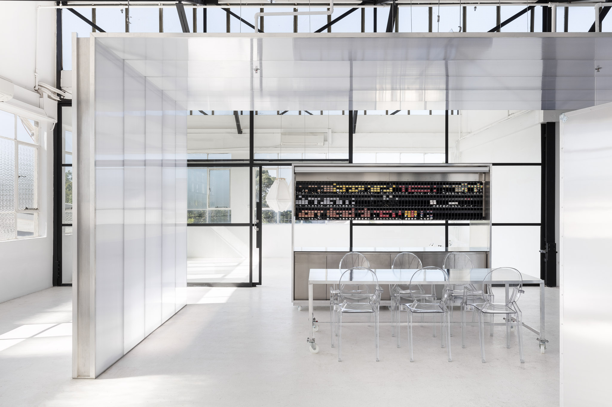USFIN Atelier by George Livissianis
