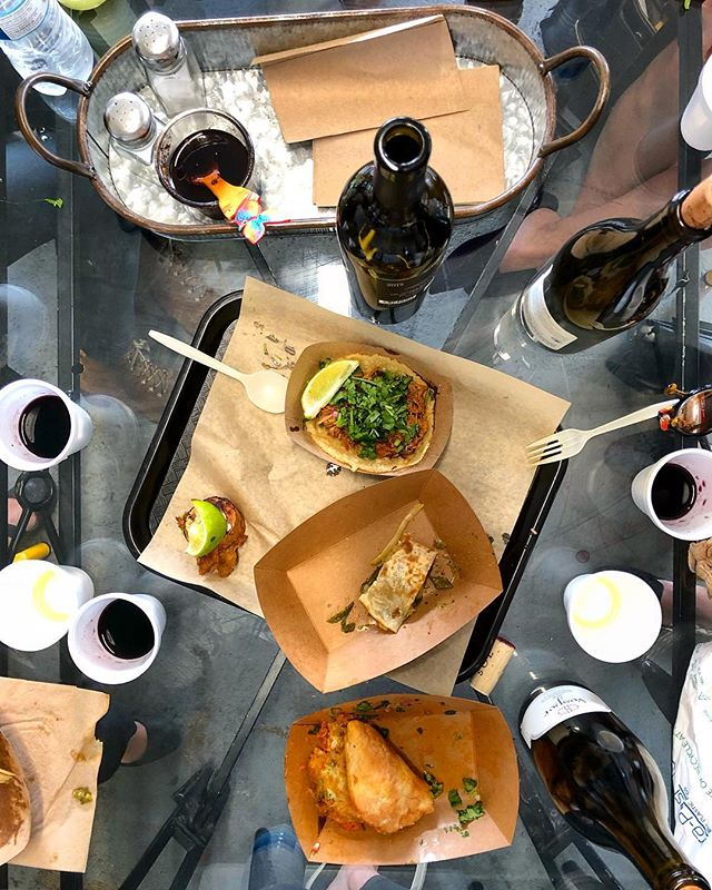 I take my @campestremag work meetings with a heavy dose of @vespervineyards wines and @tuetanotaqueria1 tacos and tortas (ps mark your calendars, we are having a taco and wine dinner here on June 1!)