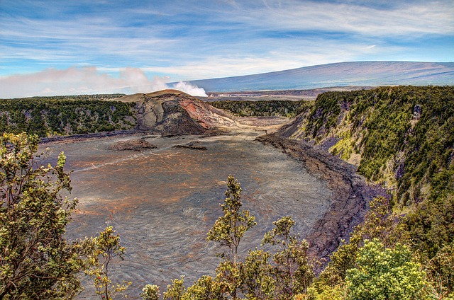kilauea-iki-crater-281131_640 copy.jpg