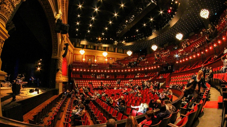 ROYAL THEATRE CARRÉ'360 tour' -