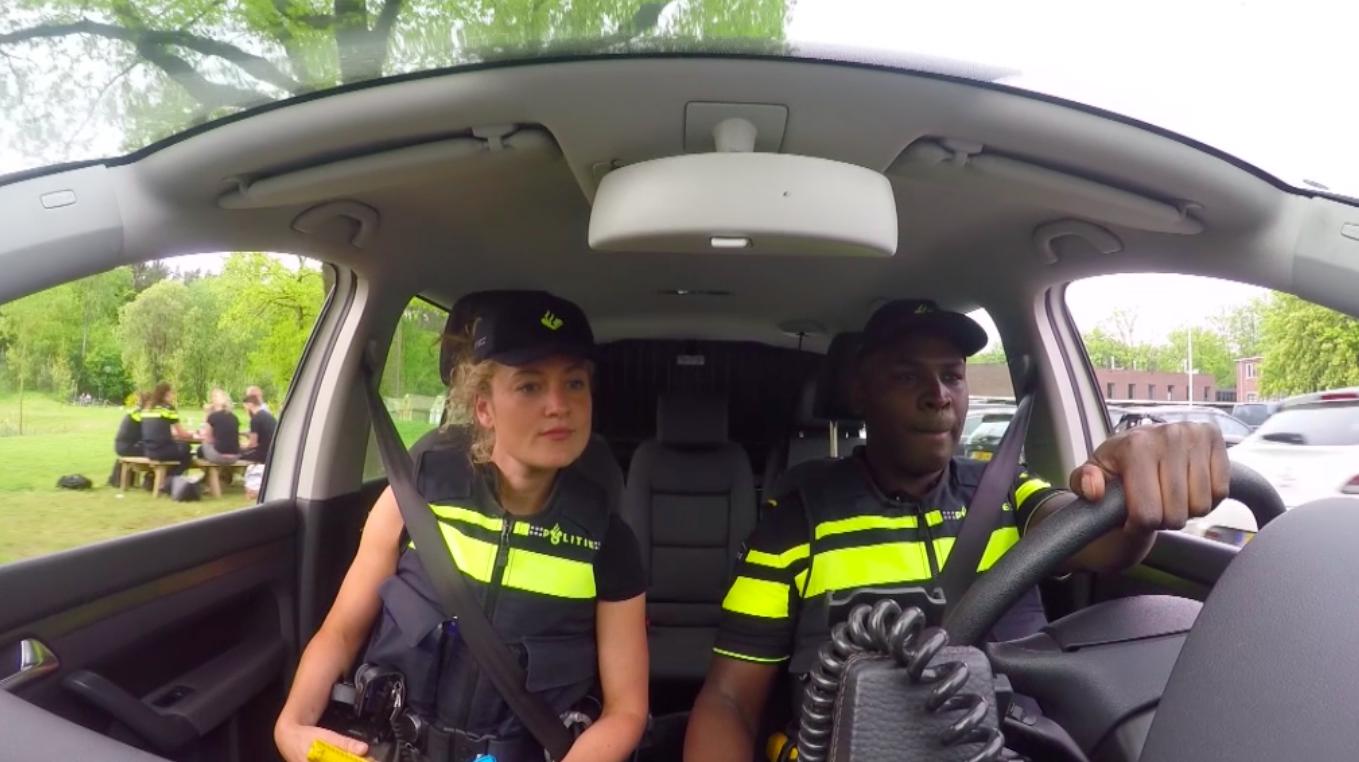 KLOKHUIS'Politiewapens' -