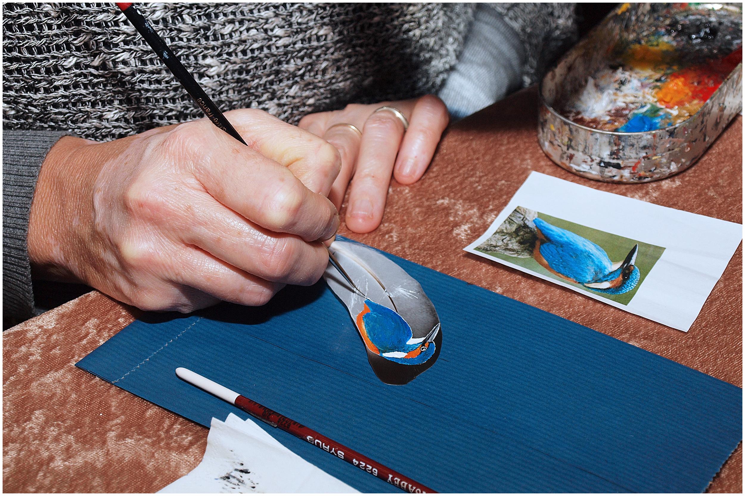 Peintre sur plume.jpg