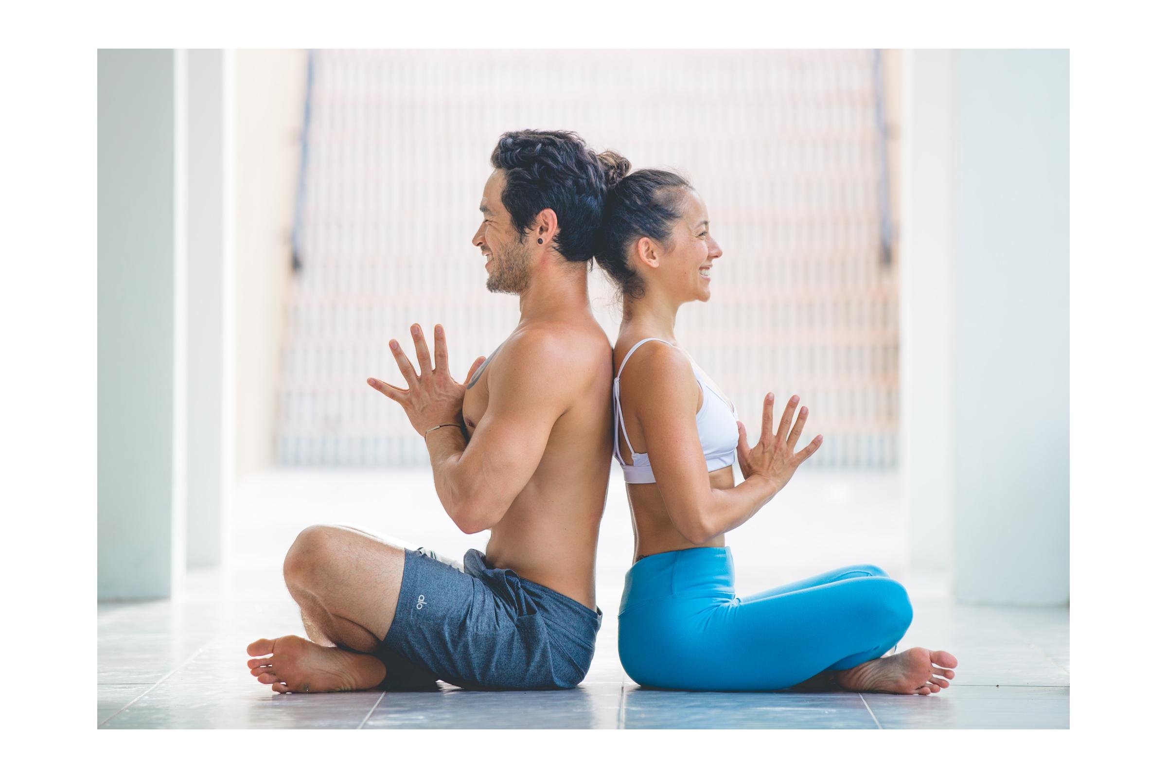 Bryce Yoga Couple