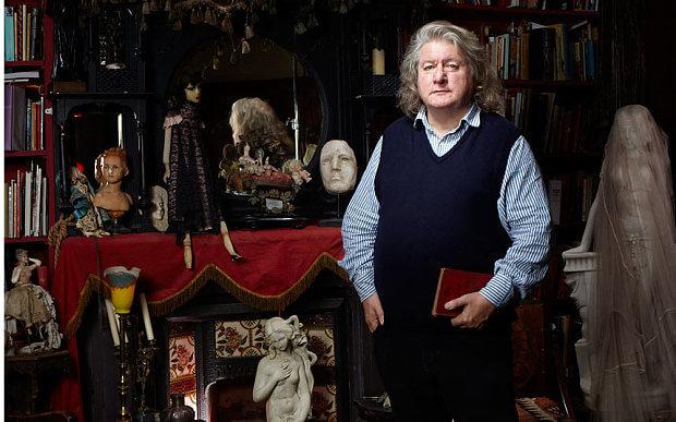 Award winning set designer David Roger.