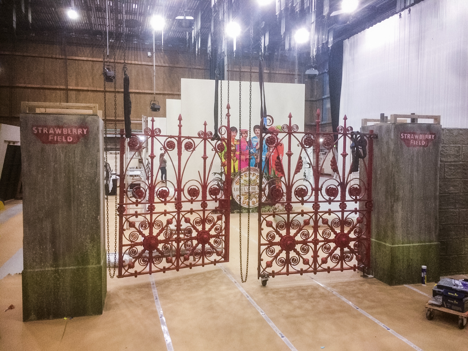 Craftwork Projects - Sgt Pepper gates install 2.jpg