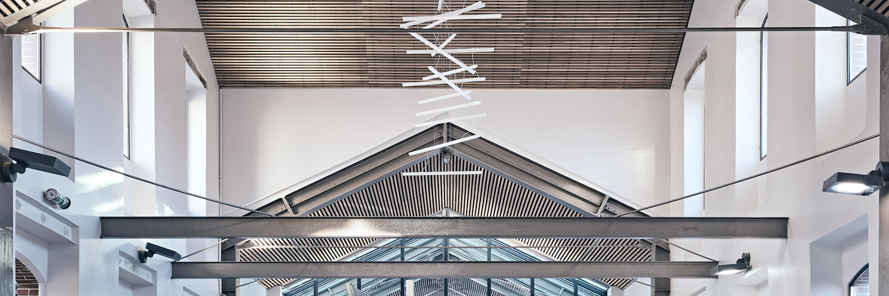Construction et aménagement de la Gare de Becon les Bruyères par Bouygues Bâtiment IDF