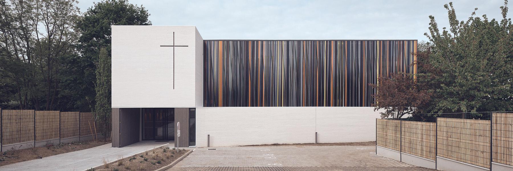 Nouvelle Eglise St Joseph à Montigny-Les-Cormeilles par Enia architectes par Enia architectes