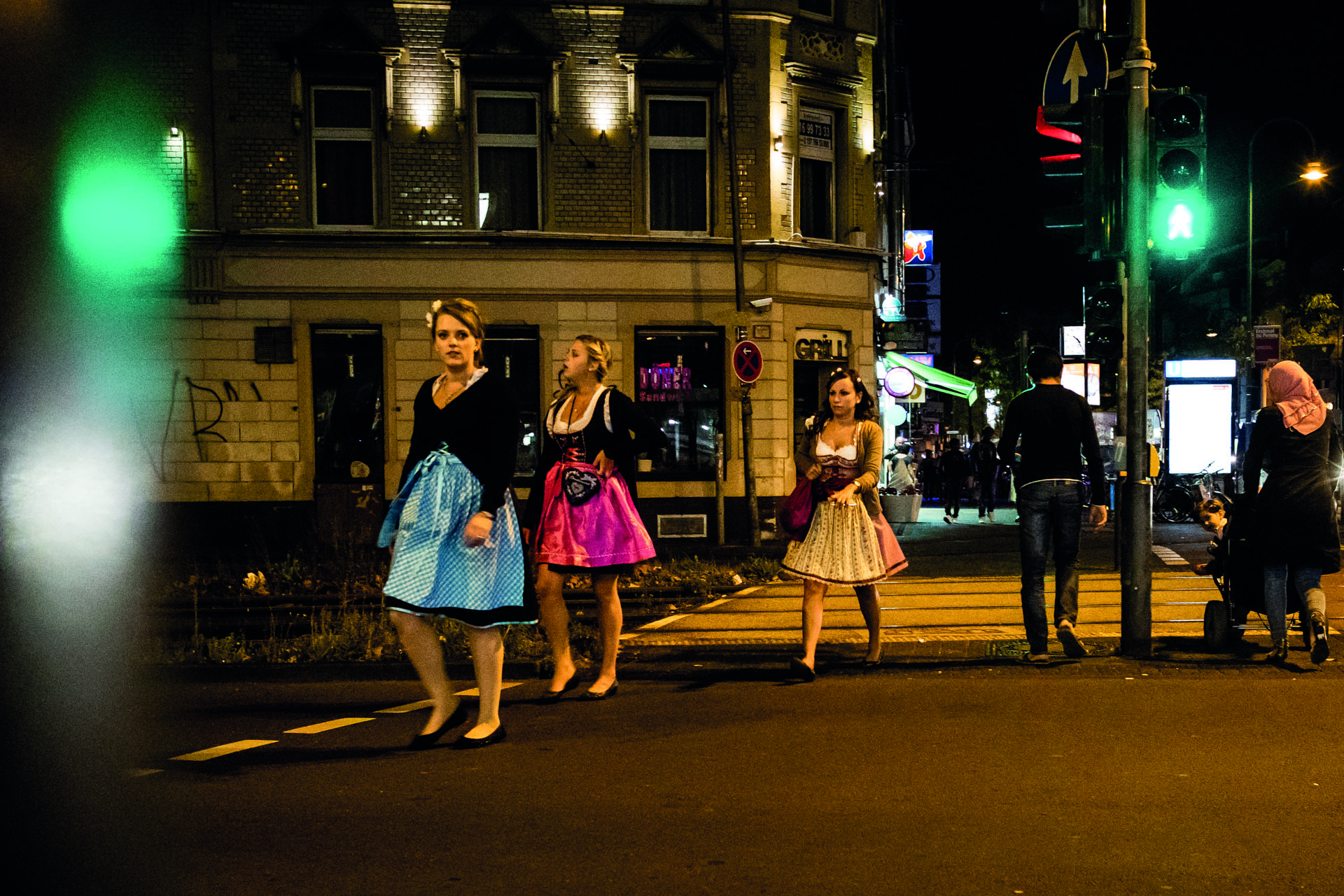 Dirndlgirls in the dark I Cologne I 2016