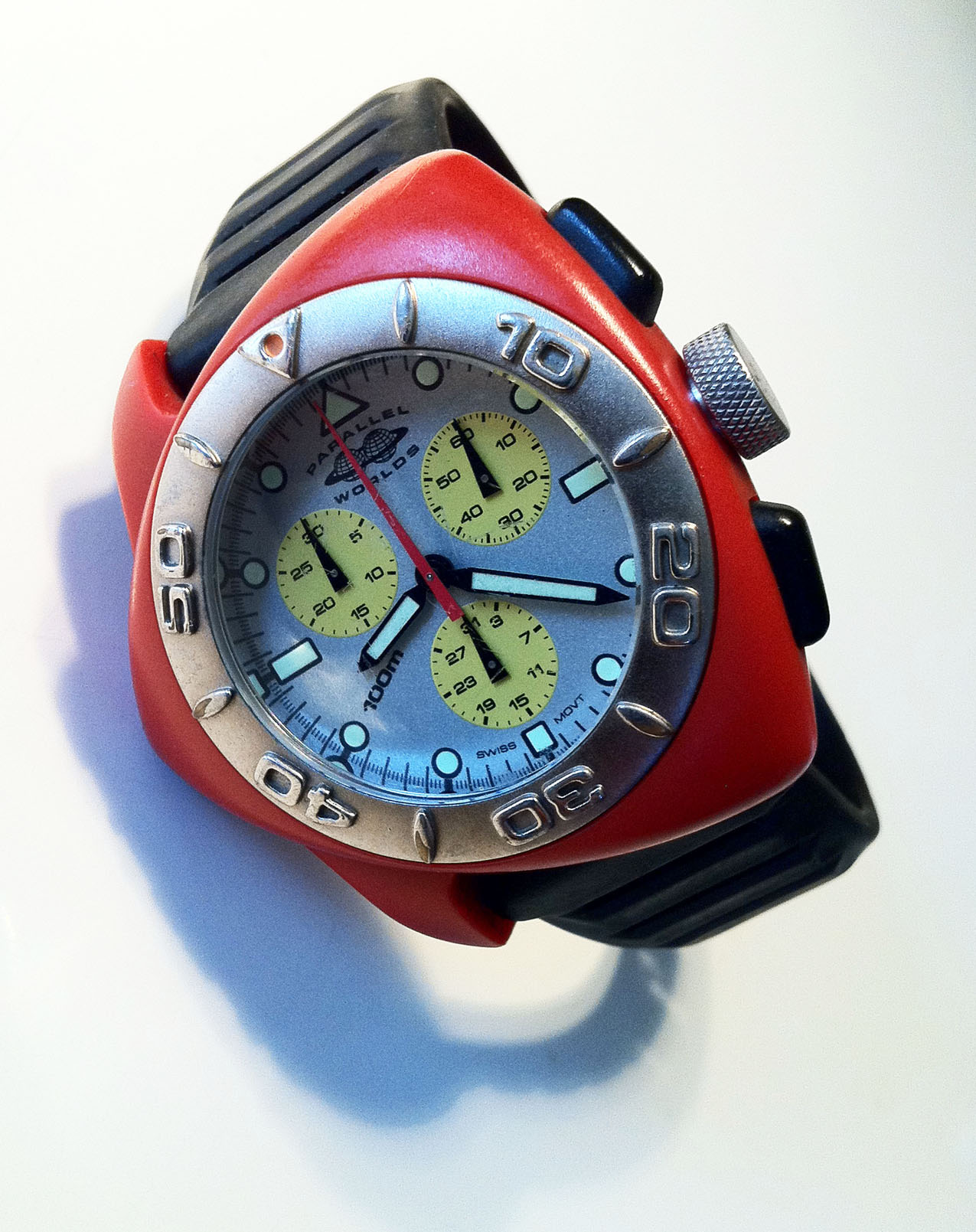 The Fish Chrono Red Retouched.jpg