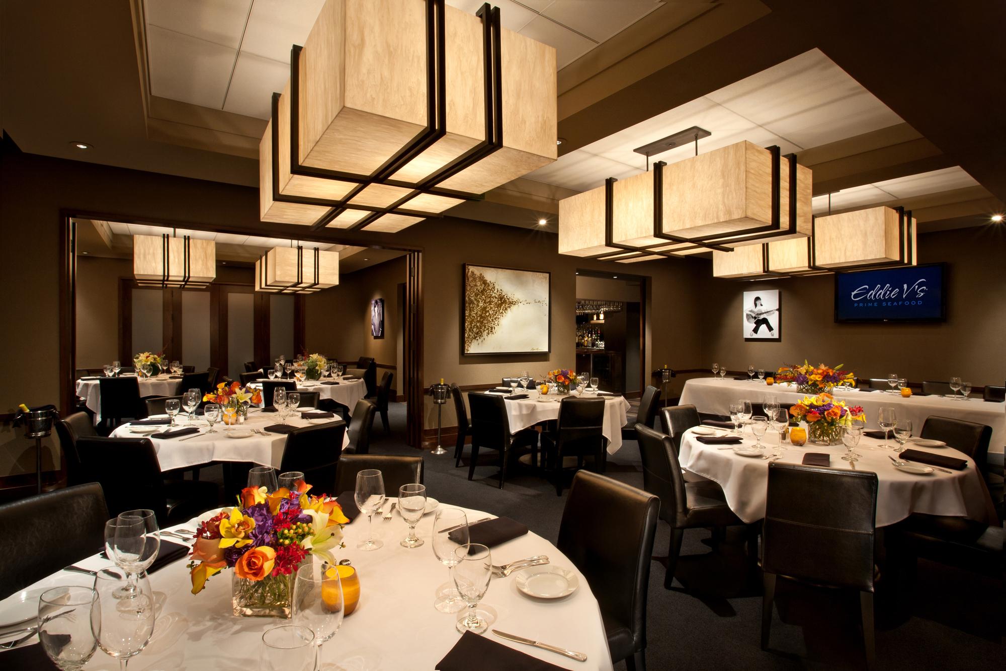 texas-restaurant-photographer-eddie-vs.jpg