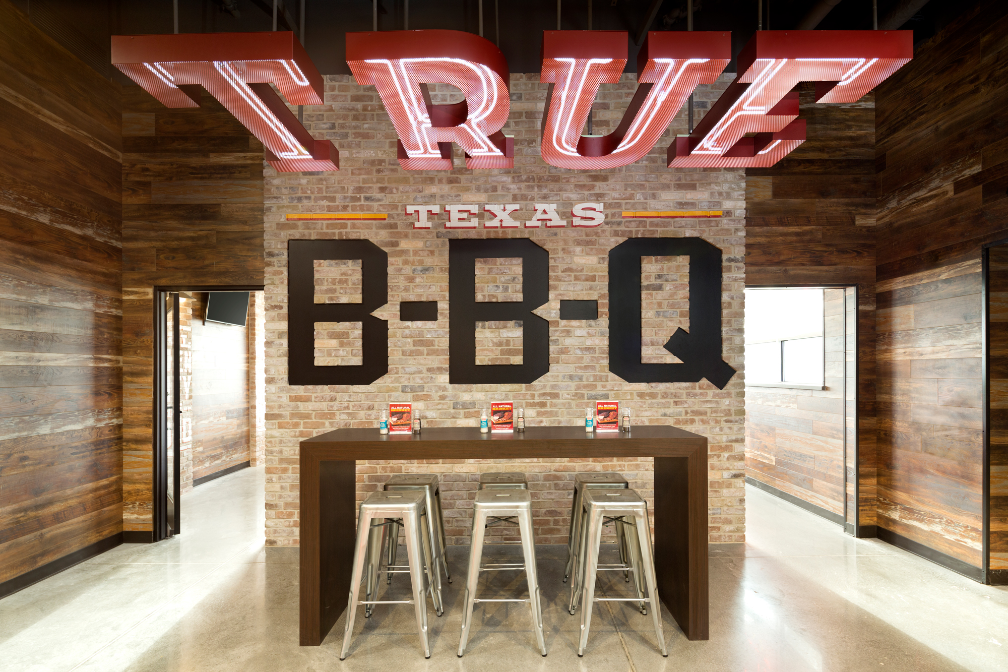 true-texas-bbq-heb-restaurant-photographer.jpg