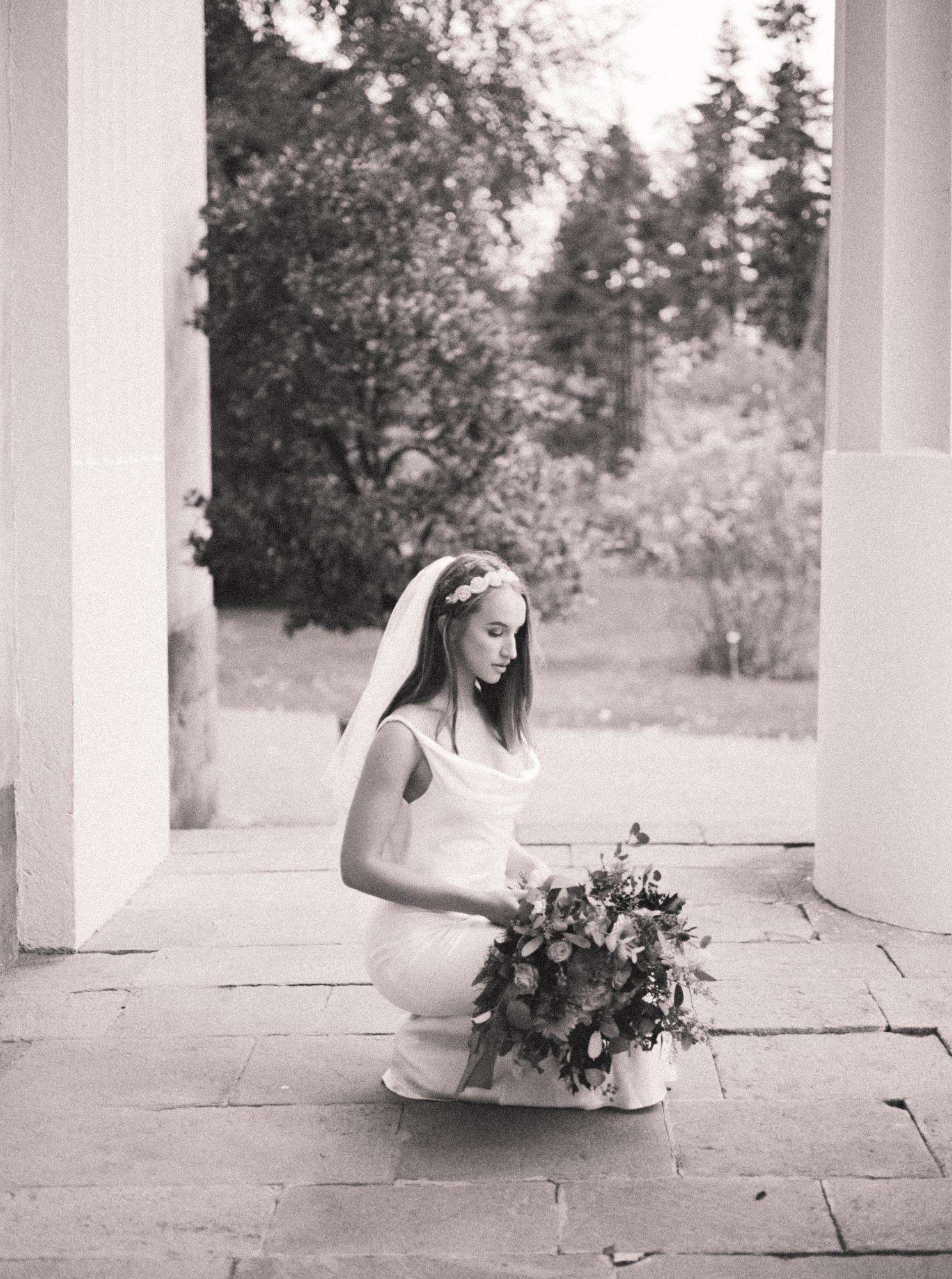 Elegant Organic Fall Swedish Bridal Wedding Styled Shoot - Erika Alvarenga Photography-100.jpg