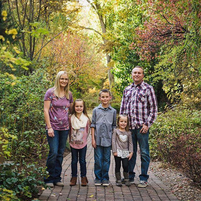 Swenson Family - BYU Campus . . . . . . . . . . . #jeffreytaylorphoto#utahphotographer #utahphotography #utahfamilyphotographer #utahfamilyphotography #familylifestyle #family #lifestyle #photo #photos #spanishfork #spanishforkphotographer #utahcountyphotography