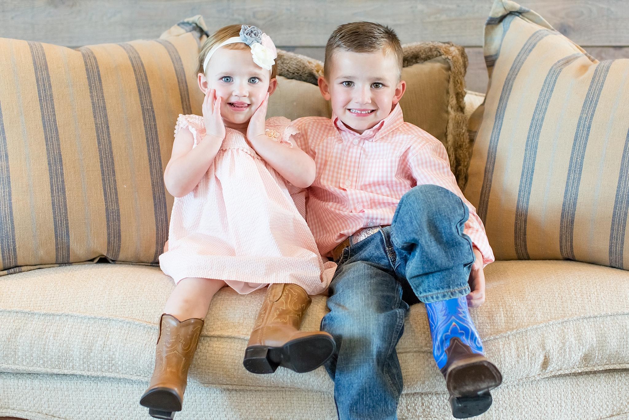 Landon-Schneider-Photography-Family-Session-Texas_0001.jpg