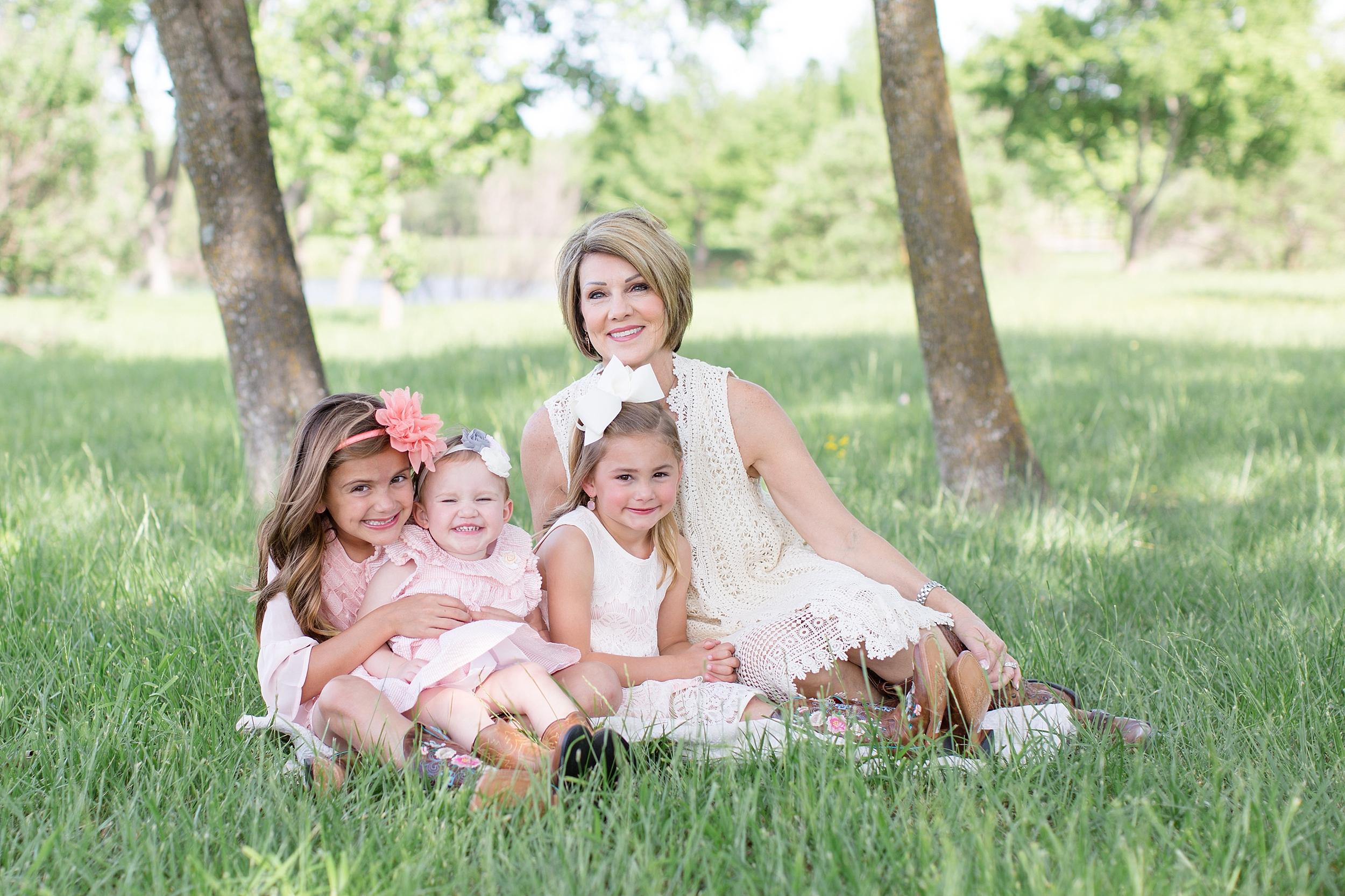 Landon-Schneider-Photography-Family-Session-Texas_0006.jpg