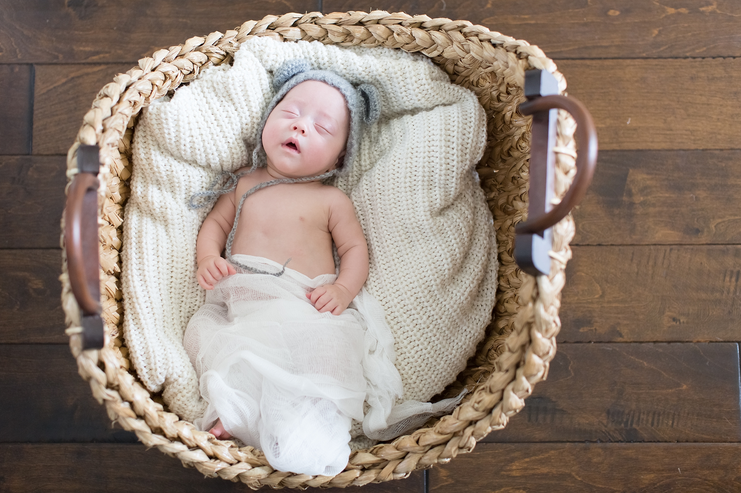 Landon-Schneider-Photography-Newborn-Session-Texas_0041.jpg