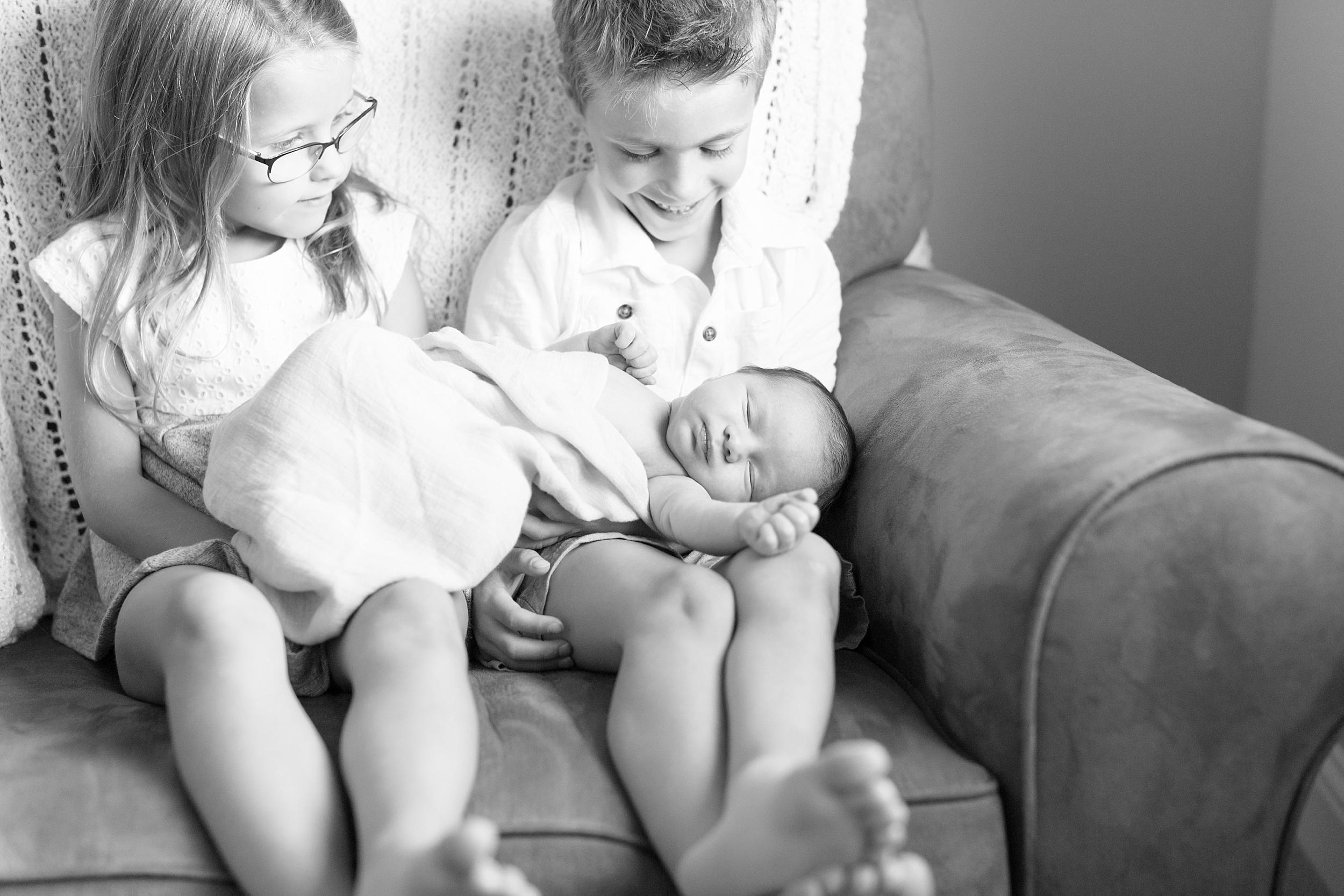 Landon-Schneider-Photography-Newborn-Session-Texas_0099.jpg