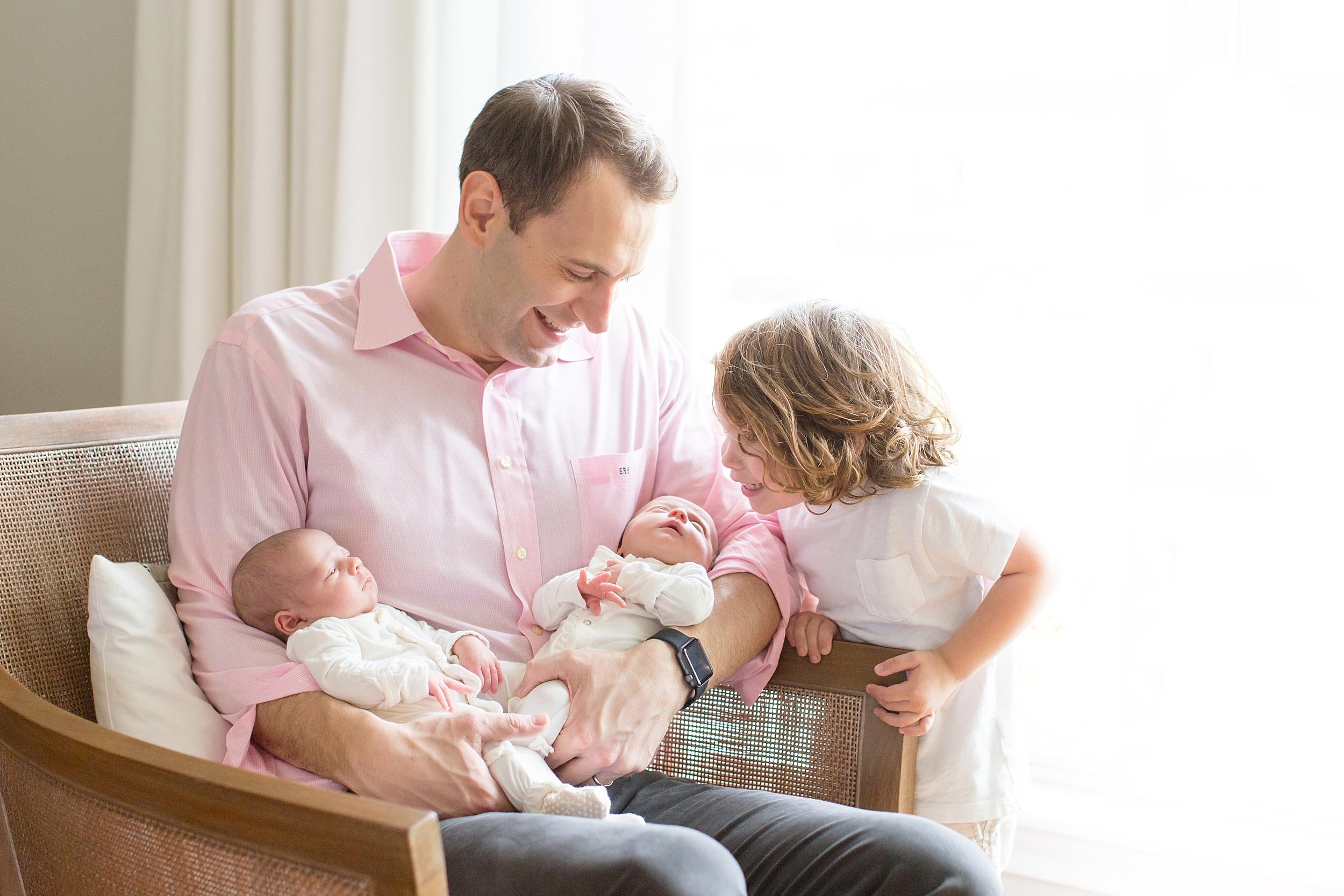 Landon-Schneider-Photography-Holt-Newborn-Session-Texas_0005.jpg