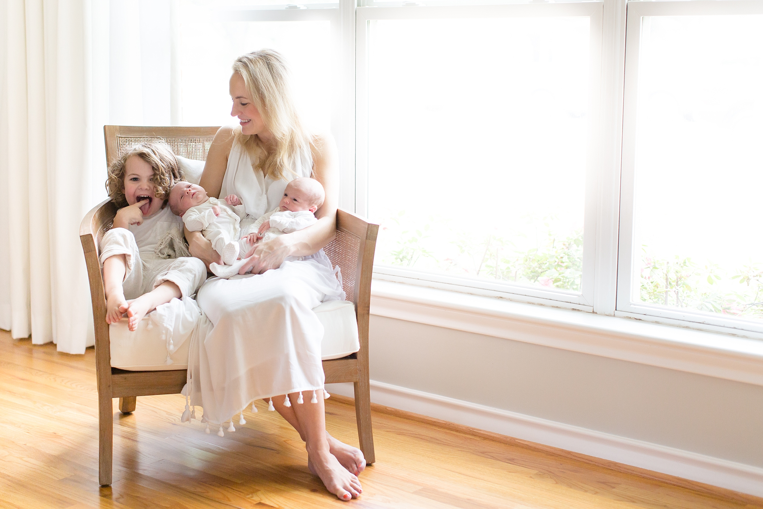 Landon-Schneider-Photography-Holt-Newborn-Session-Texas_0007.jpg