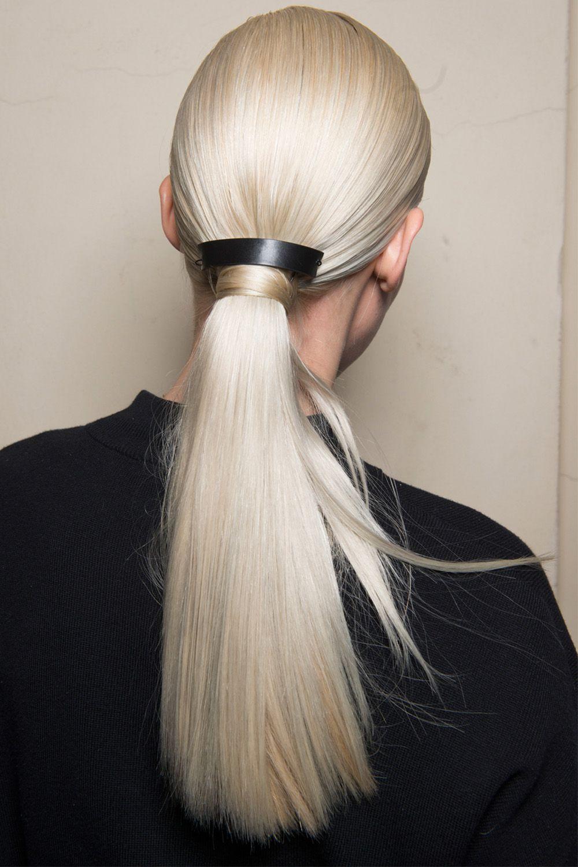hbz-fw2017-hair-trends-pony-show-aigner-bks-v-rf17-6727.jpg