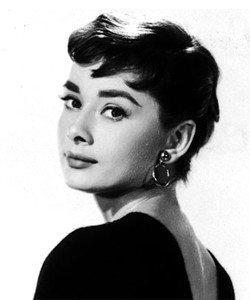 Audrey-Hepburn-pixie-haircut-134154340359-250x300 (1).jpg