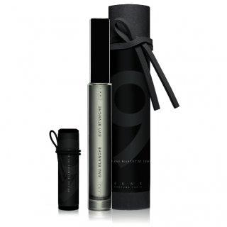 IUNX Parfums Paris 01 Eau Argentine, € 170,00/ 150 ml.