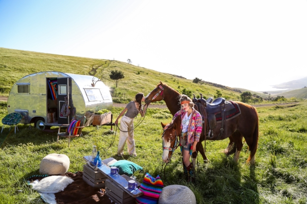 Photoshoot for Rodeo Quincy & Barrel Horse News in Cayucos, featuring our 1953 Crown vintage trailer and bell tent! It was such a privilege spending the day with our rodeo team girls + Quincy Freeman & Kathryn Barks! Those are some talented lady bosses right there!