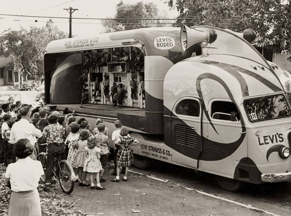 Vintage_Trailer_Vending_Concession_1950s_Tinkertin_Levis_Rodeo.jpg