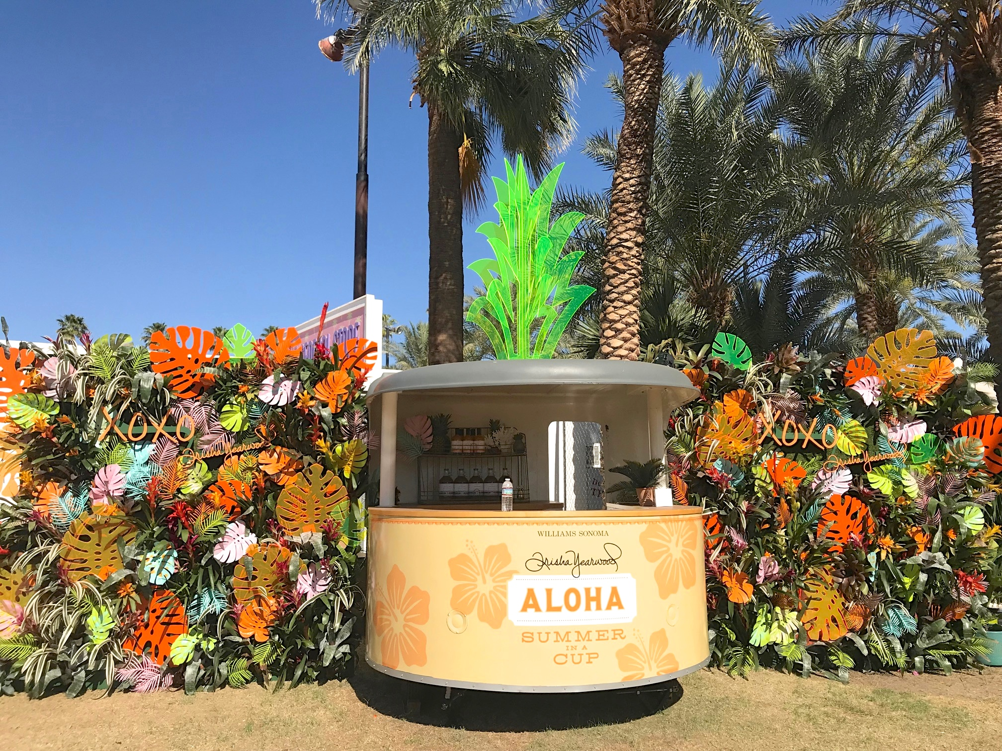 Our roll-o-vend vintage vending trailer can be custom branded with logo wraps + styling and event build outs to fit all of your experiential marketing & production needs!