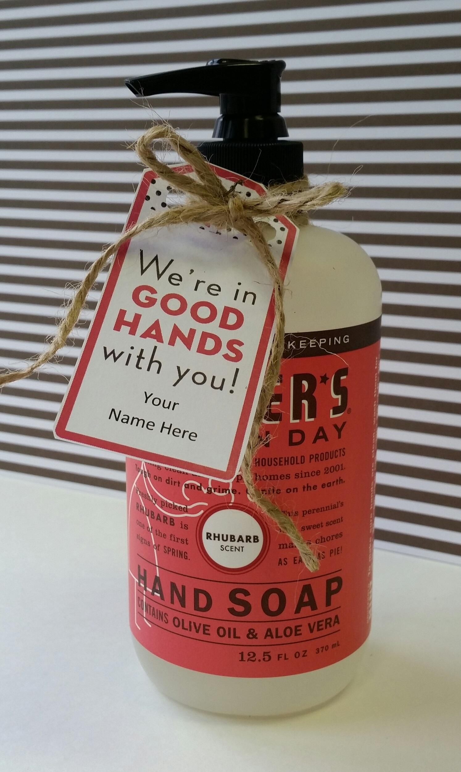 https://www.homeroommom.com/post/367-teacher-appreciation-printable-gift-tags