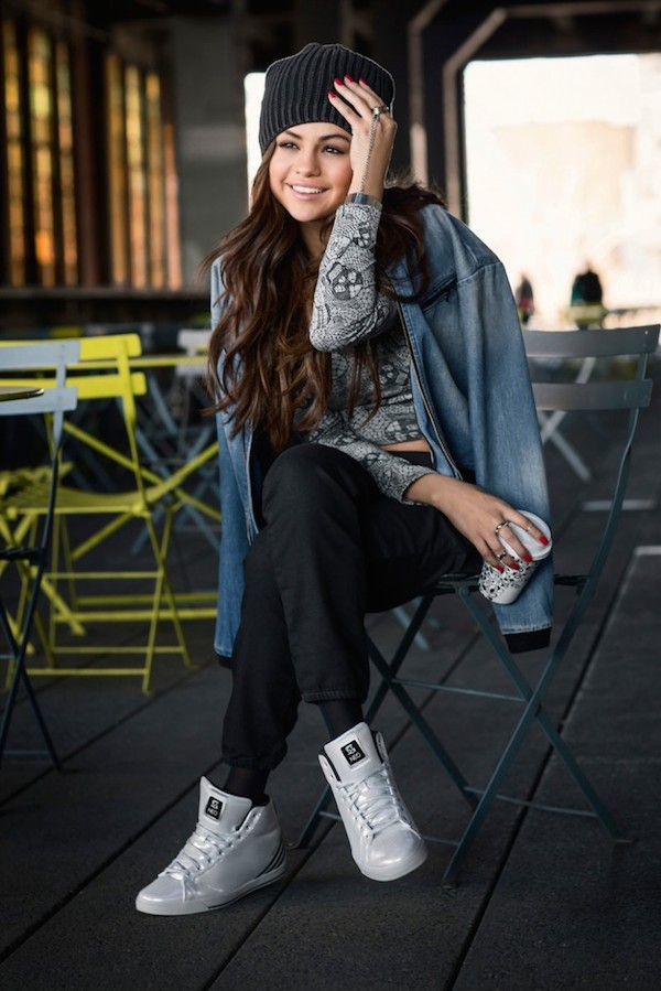 selena-gomez-adidas-neo-2014-fall-clothing07-774x1200.jpg