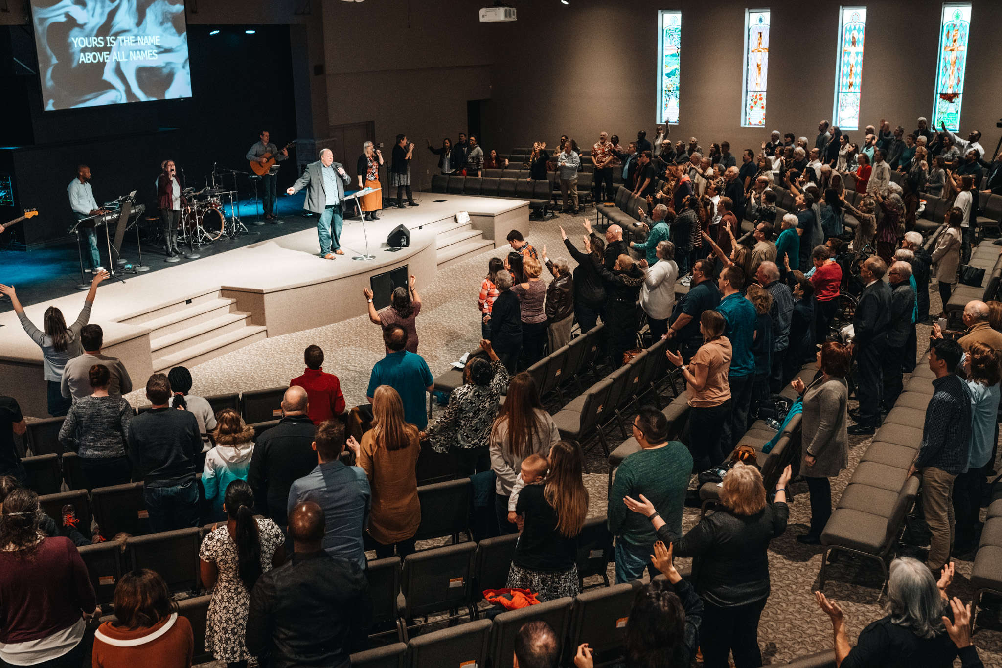 SUNDAY SERVICES - Inspiring Worship, Experiencing the presence of God, Life-Changing Teaching