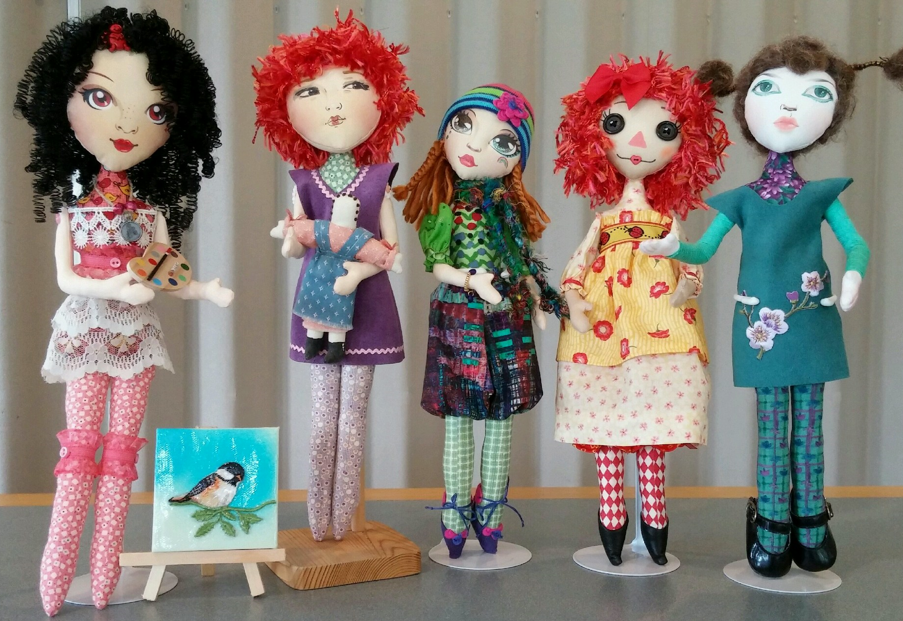 Group project dolls by the  Dollirious cloth doll club.