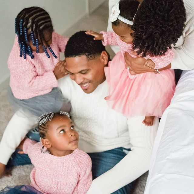 This Father's Day, we want to send some love to all of the supportive & amazing dads. We talk so much about motherhood around here, but father's are such an important piece of the puzzle. . Happy Father's Day friends, I hope you enjoy the day with your loved ones! 📷 @theyvonnesimms