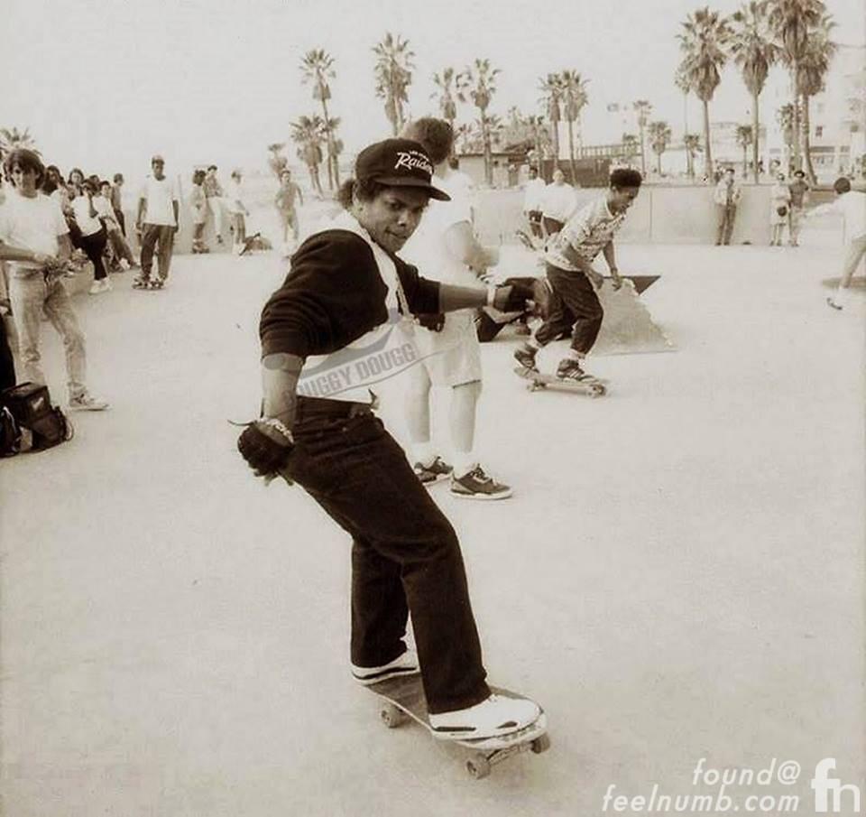 eazy-e-venice-beach-skateboard-park-NWA-skating-1989.jpg