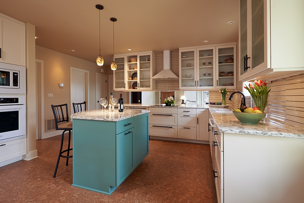 laurie Robbins - kitchen islandweb.jpg