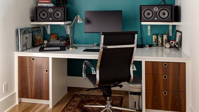 Ben Gebhardt - 5. duff-office-widescreen.jpg