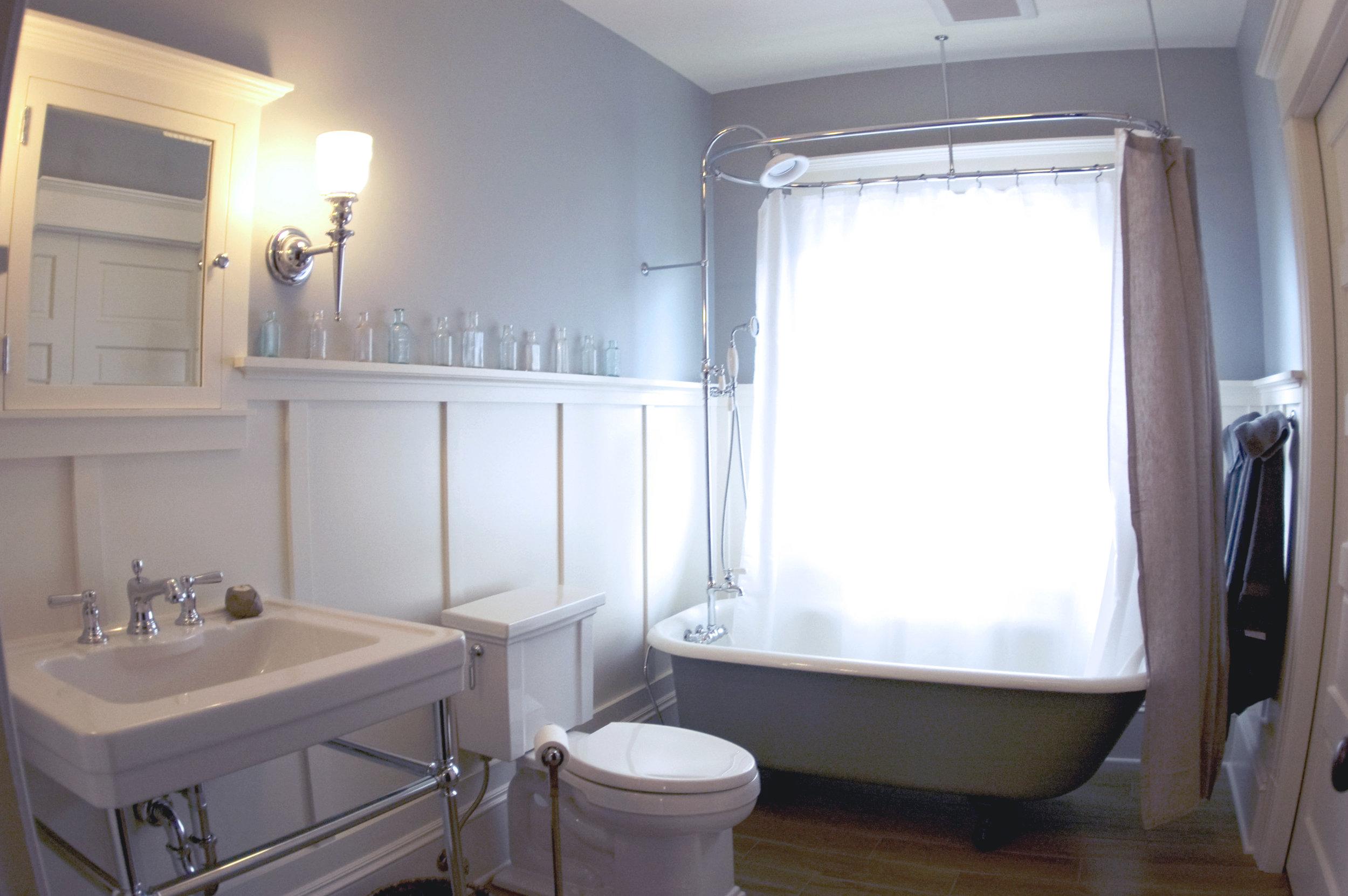 Guest Bath - after2.jpg
