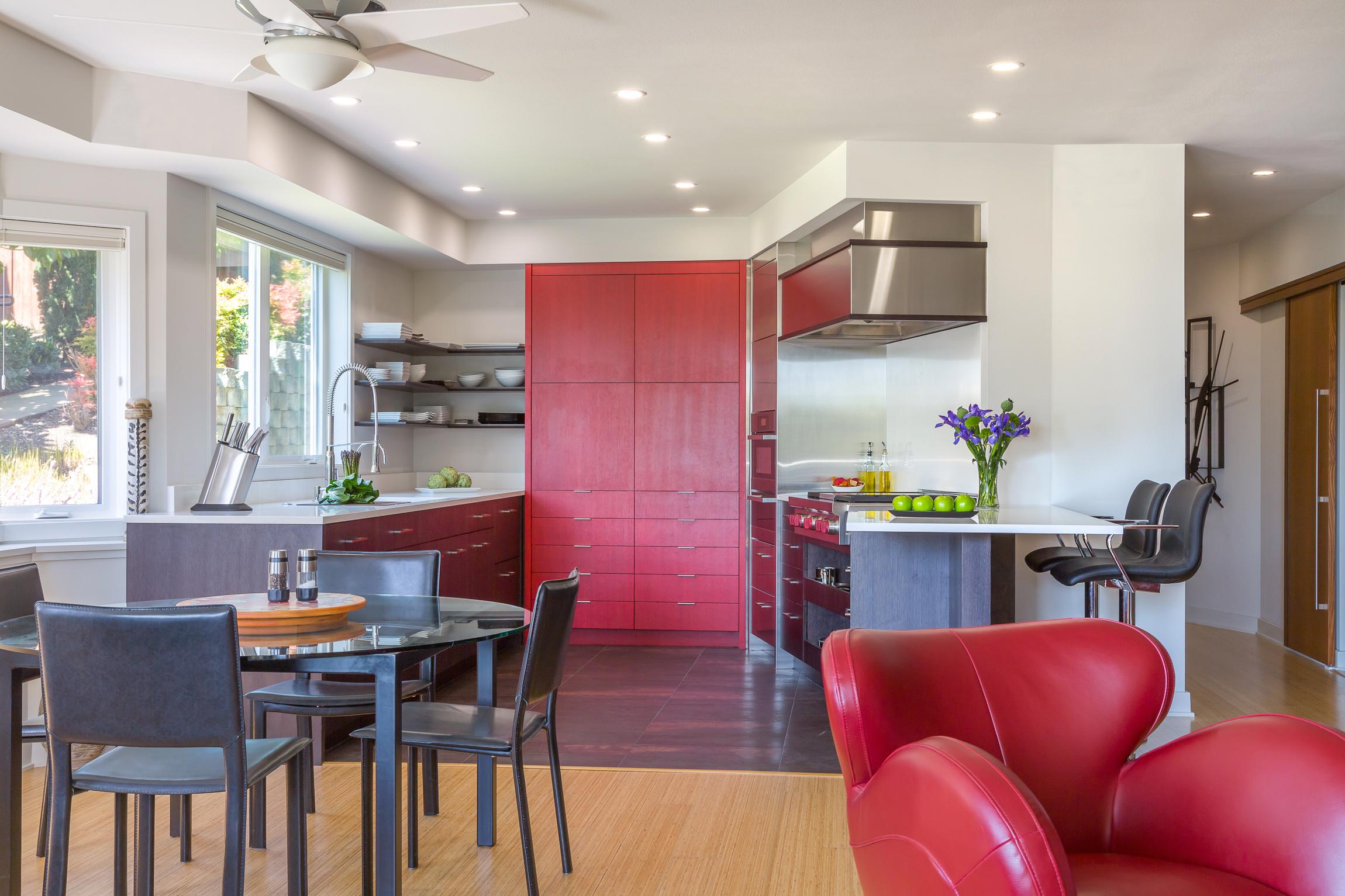 BRISTOL Kirkland Condo Kitchen 1.jpg