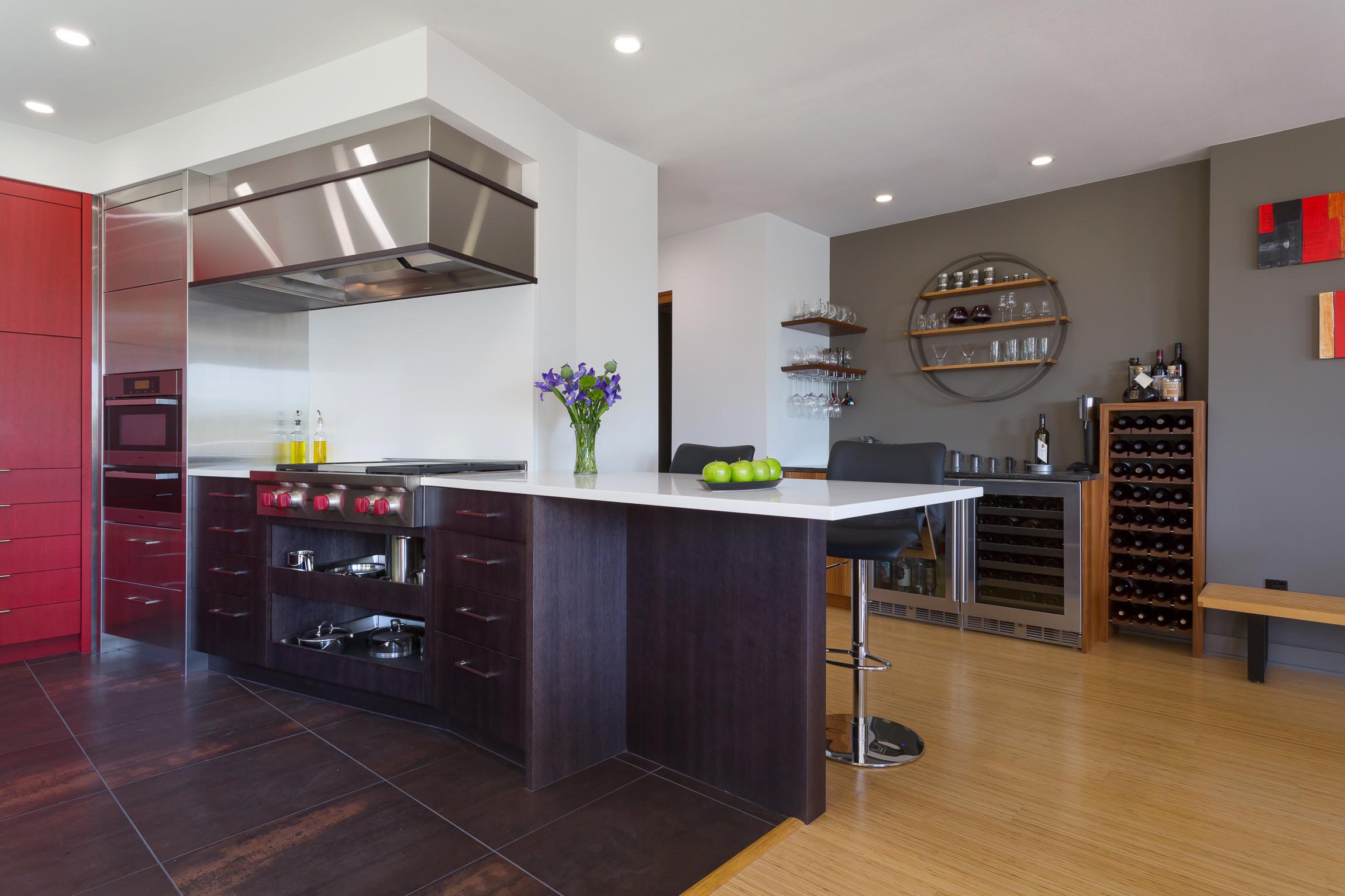 BRISTOL Kirkland Condo Kitchen 3.jpg