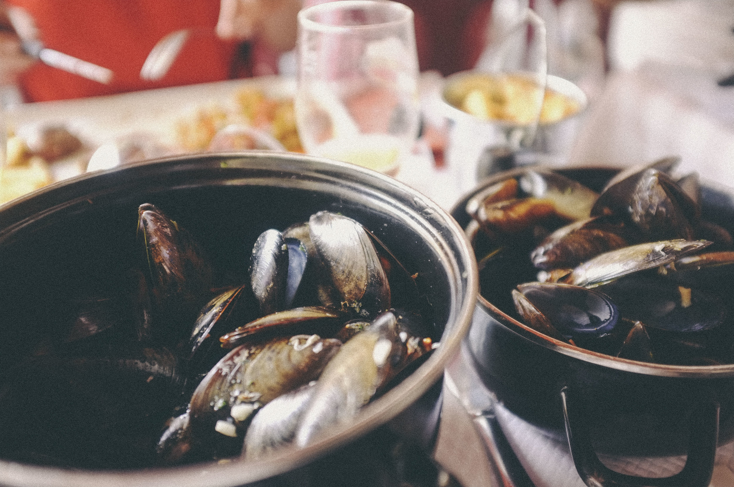 dérrive - Moules et frites in nice, france