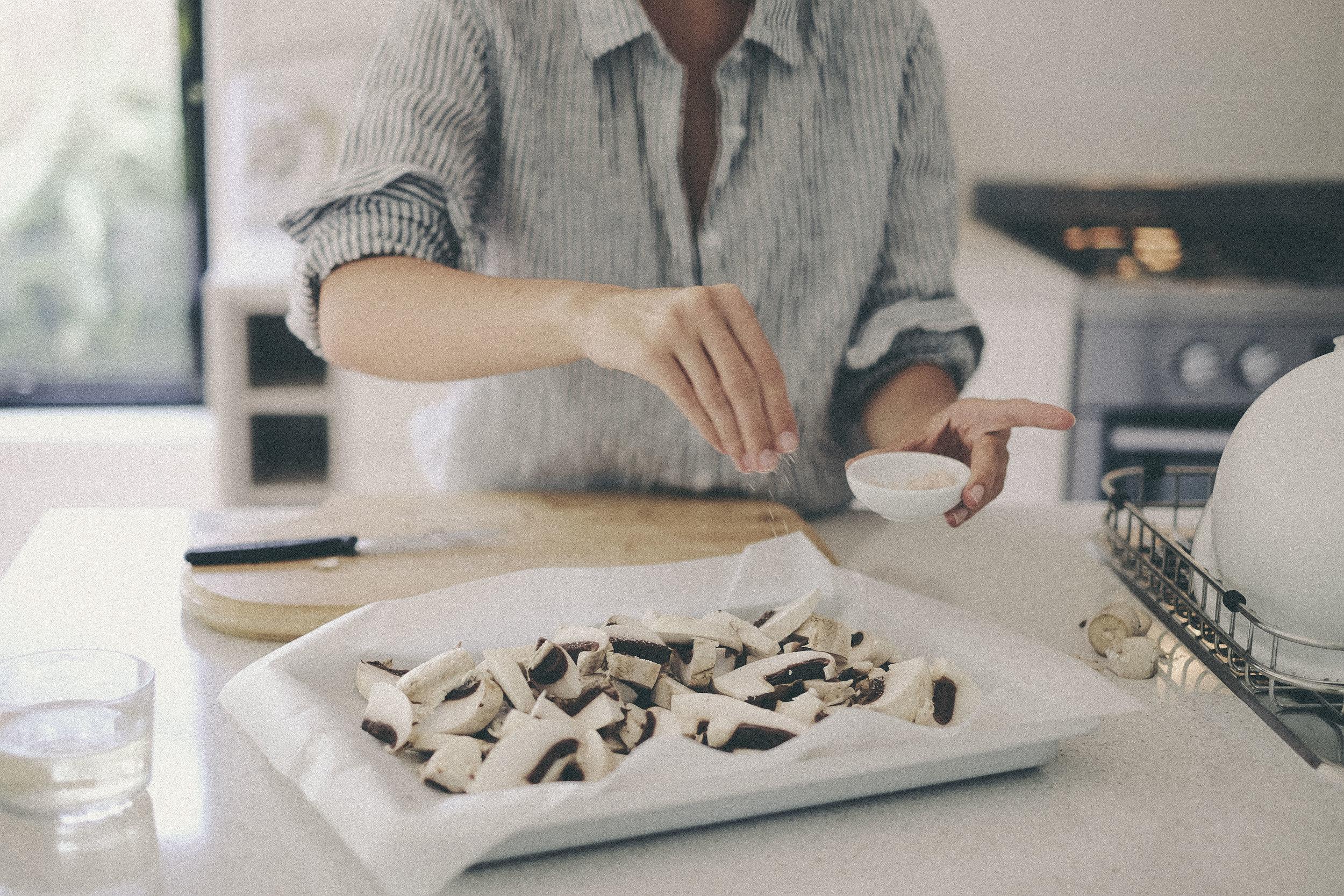 dérrive recipe - roasted mushroom, leek and thyme risotto