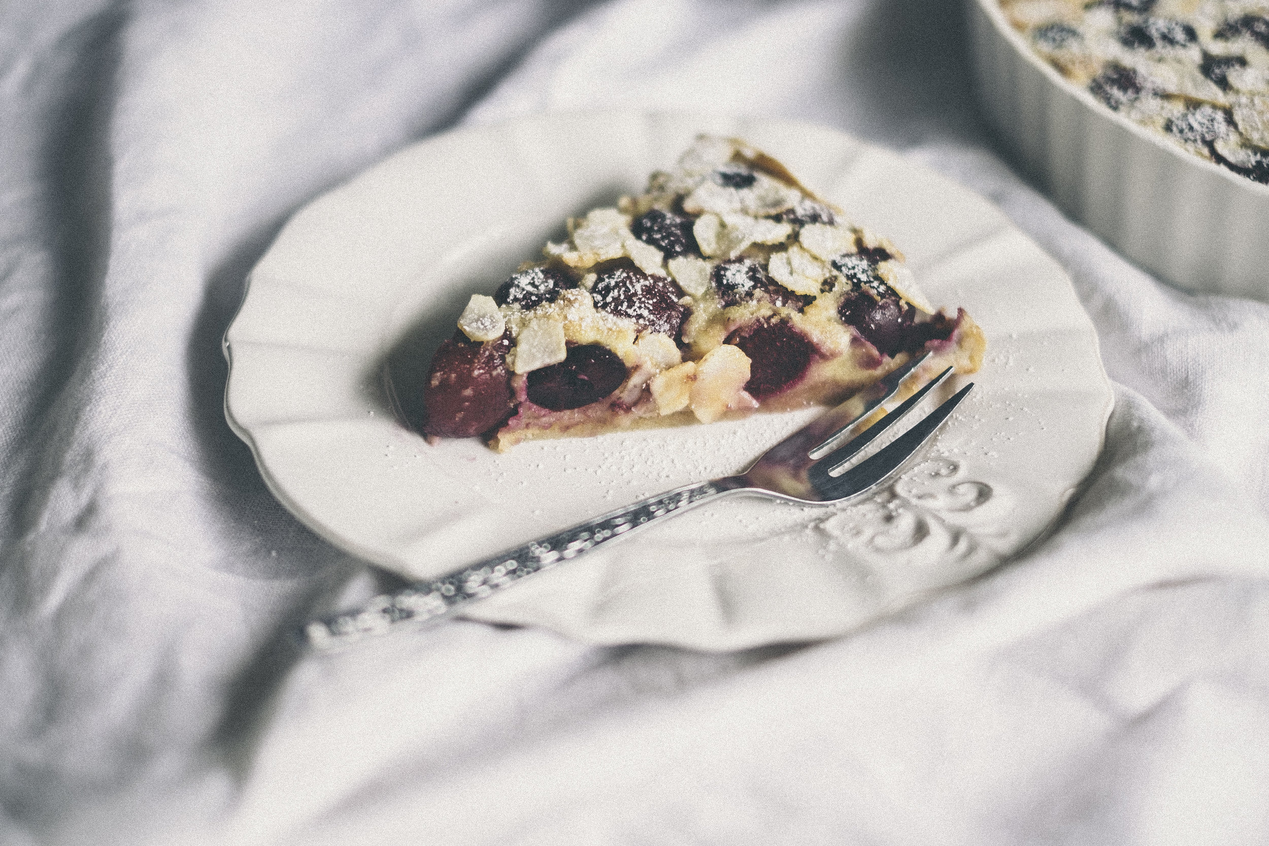 dérrive recipe - cherry, almond and spelt clafoutis www.derrive.com