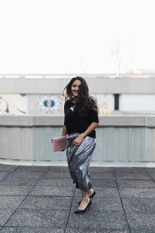 Pleated Skirt Blogger Style.jpeg