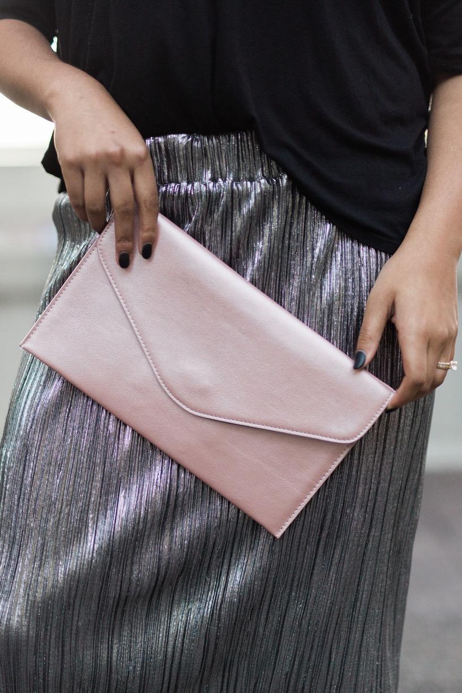 Fashion Blogger Pleated Skirt.jpeg